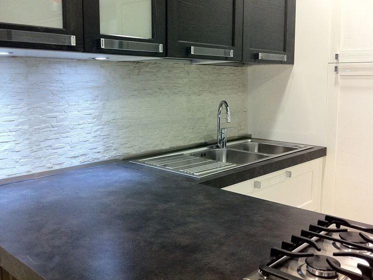 rivestimenti cucina moderna. immagine. piastrelle cucina ...