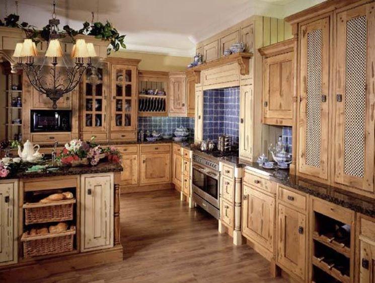 Cucina country in legno