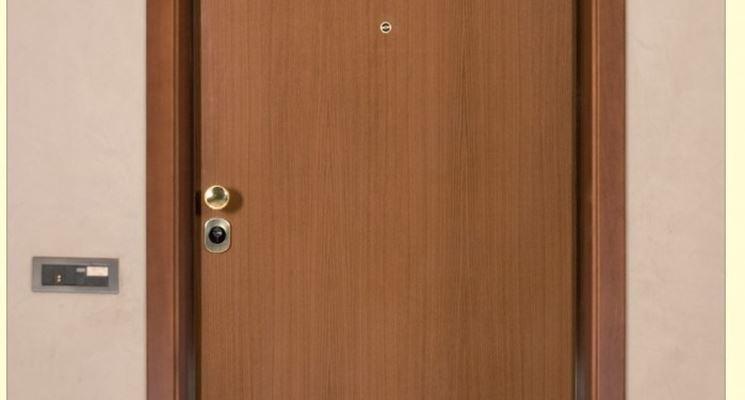 Un esempio di porta ben curata