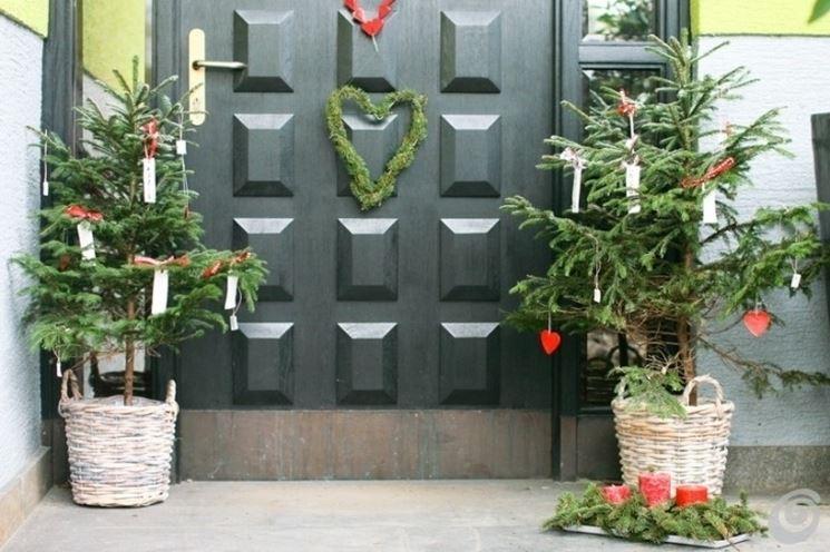Porte d 39 ingresso fai da te le porte porte d 39 entrata for Decorazioni porta ingresso