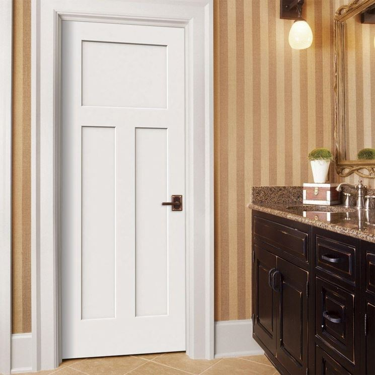 porta in legno tamburato bianca laccato