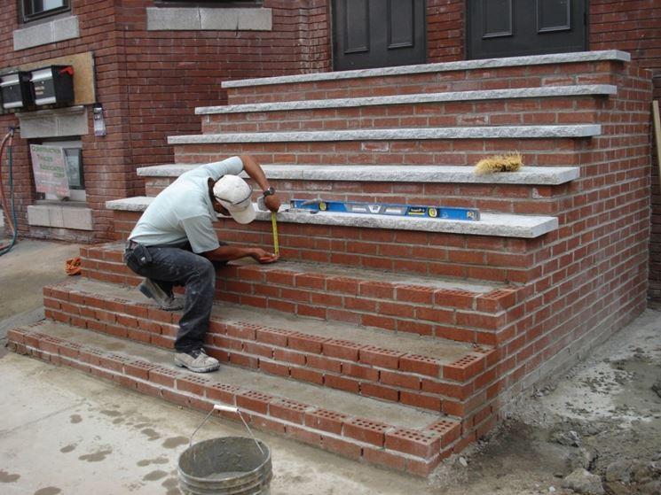 Realizzare scale in muratura scale e ascensori scale - Gradini in cemento per esterno ...