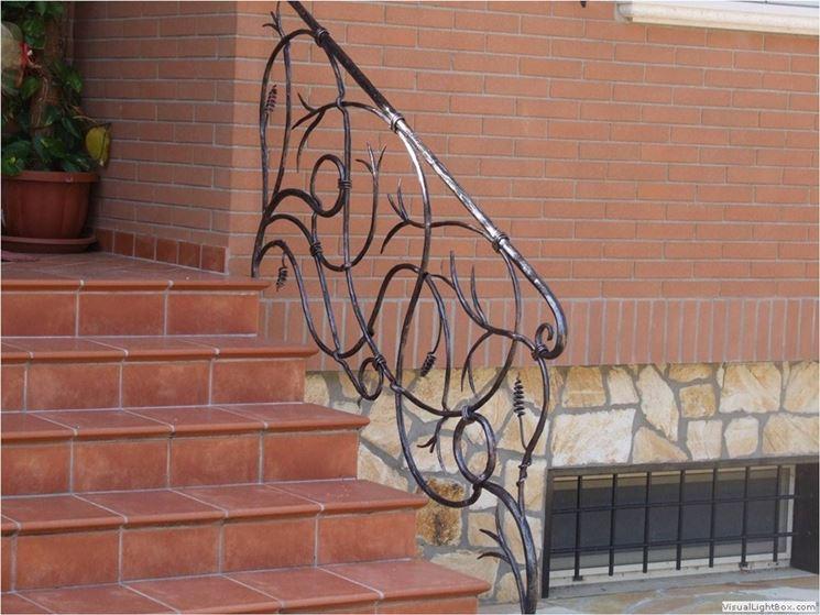 Ringhiera in ferro battuto da esterno