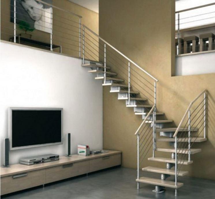 scala in ferro battuto in ambiente moderno