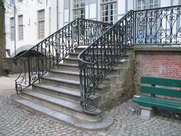 scala in ferro battuto da esterni