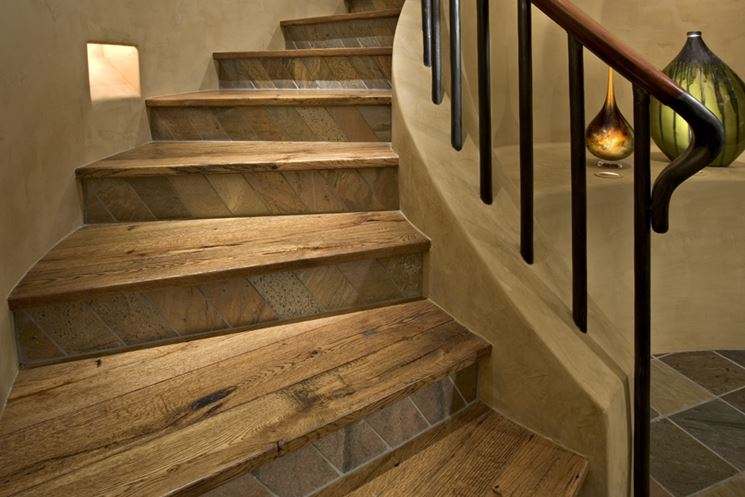 Scale in legno per interni scale e ascensori scegliere - Scale rivestite in legno per interni ...