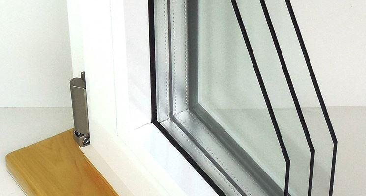 infisso con doppio profilato in alluminio a taglio termico