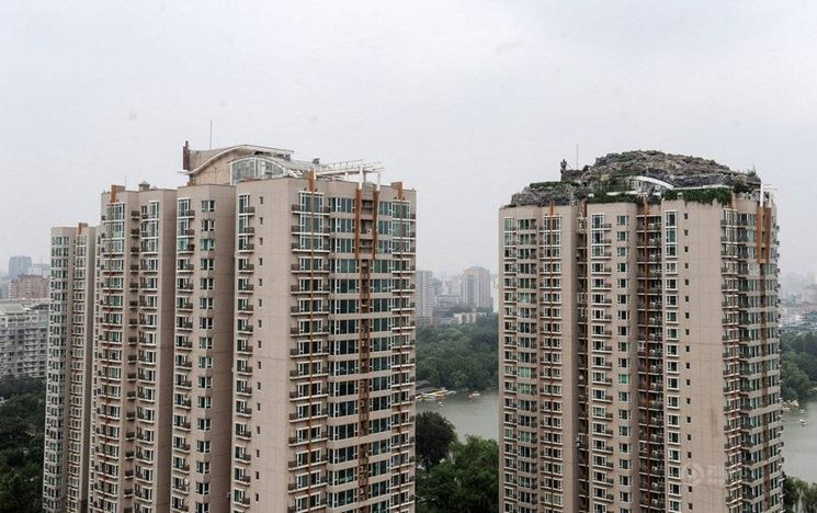 Gli abusi edilizi hanno spesso effetti drammatici sul paesaggio urbano