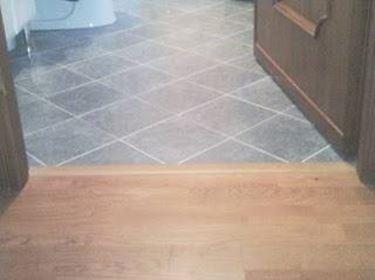Come installare un parquet su pavimento esistente il - Parquet su piastrelle ...