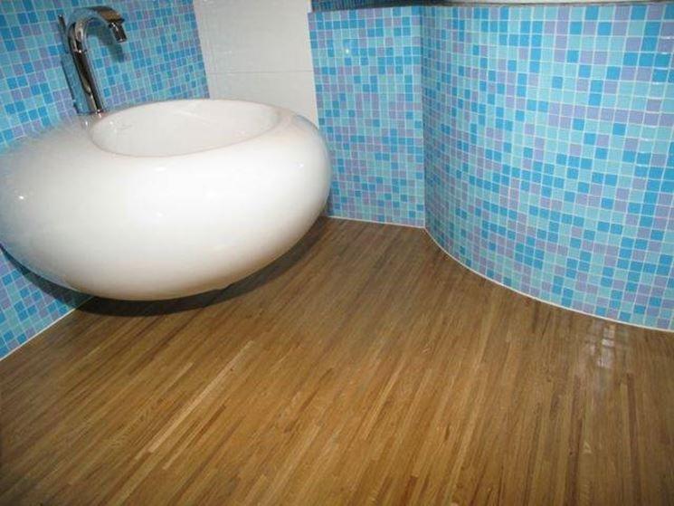 Cosa fare con il parquet laminato bagno il parquet - Pavimento bagno consigli ...