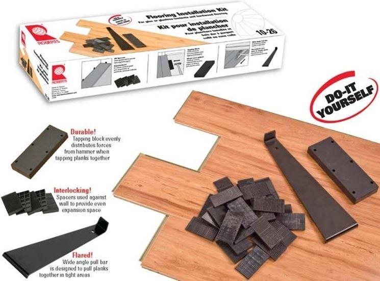 Kit di montaggio per parquet laminato