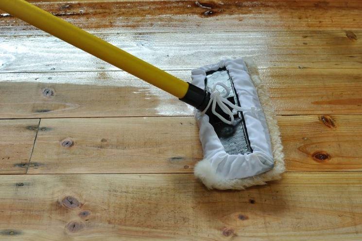 Detergente per parquet