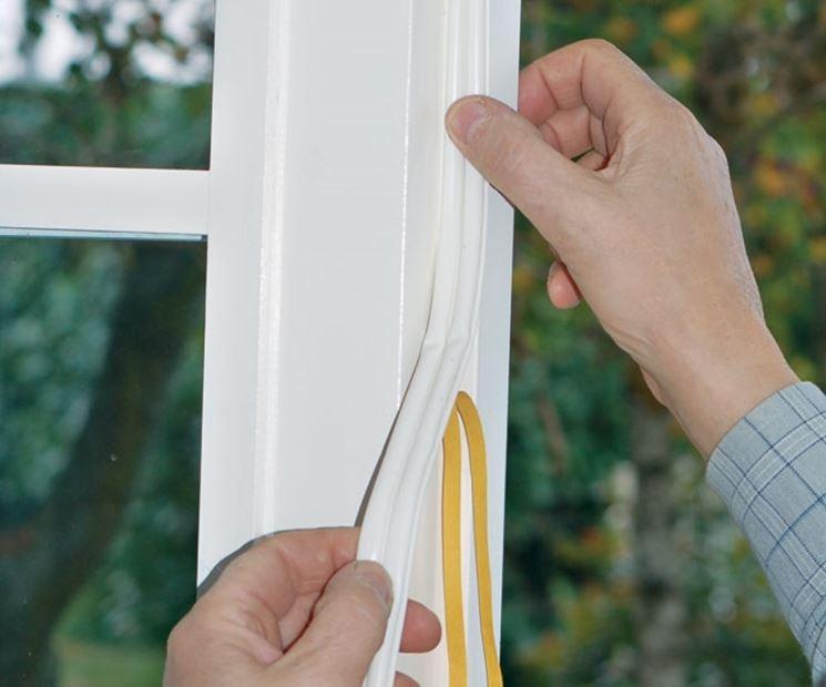 Sostituire guarnizioni finestre legno