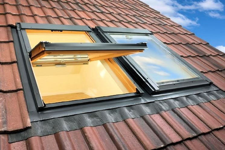 Finestre per tetti le finestre modelli di finestre per for Finestre tipo velux prezzi