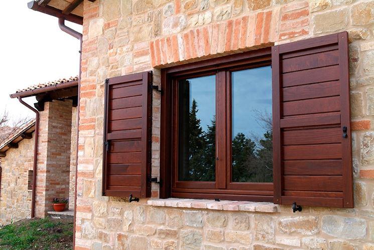 Migliori prezzi finestre legno le finestre quali finestre in legno scegliere per la casa - Finestre in legno prezzi ...