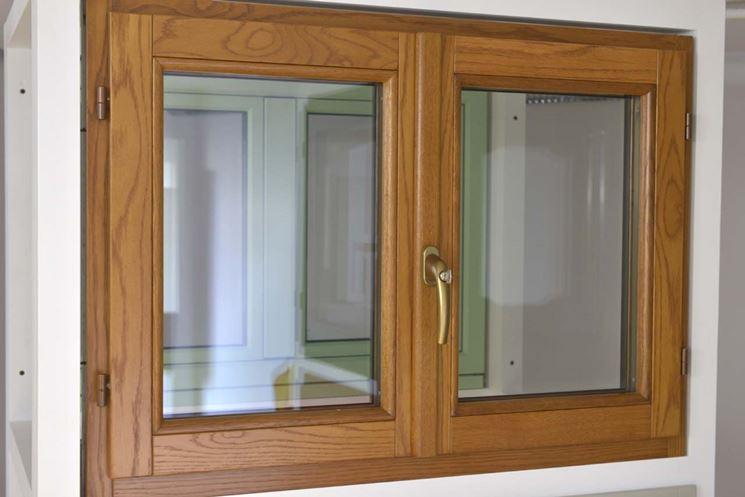 Migliori prezzi finestre legno le finestre quali finestre in legno scegliere per la casa - Finestra vasistas prezzi ...