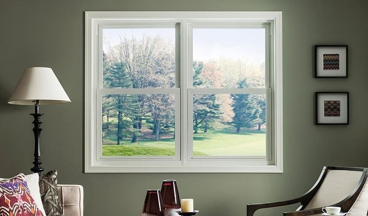 finestra standard bianca