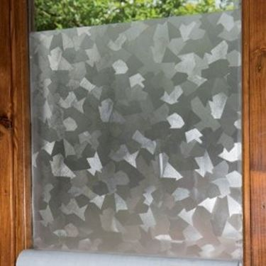 Pellicole adesive per vetri le finestre le principali - Pellicole oscuranti per vetri casa ...