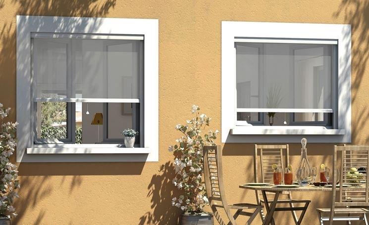 zanzariere avvolgibili per finestre