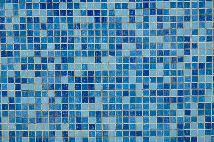 Come posare piastrelle a mosaico le piastrelle posare - Piastrelle in mosaico per bagno ...