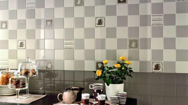 Modelli di piastrelle da cucina moderna le piastrelle for Piastrelle parete cucina