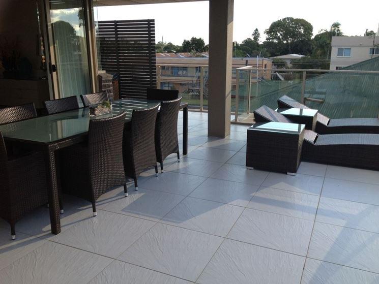Piastrelle per balconi le piastrelle come scegliere le - Impermeabilizzante per piastrelle ...