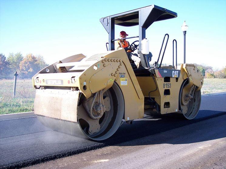 Bitumi sono utilizzati per pavimentare le strade