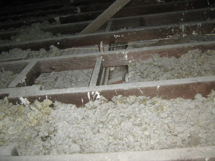 Utilizzo amianto per coibentazione pareti e solai