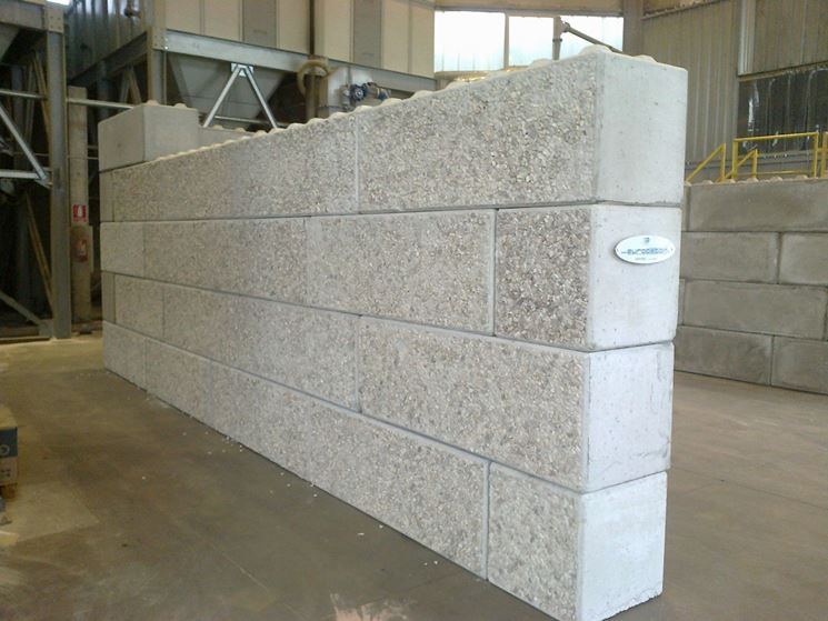 Struttura in mattoni di cemento