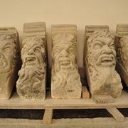 Mensole in pietra leccese