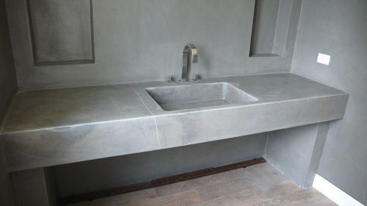 Rivestimento di un bagno con ecomalta