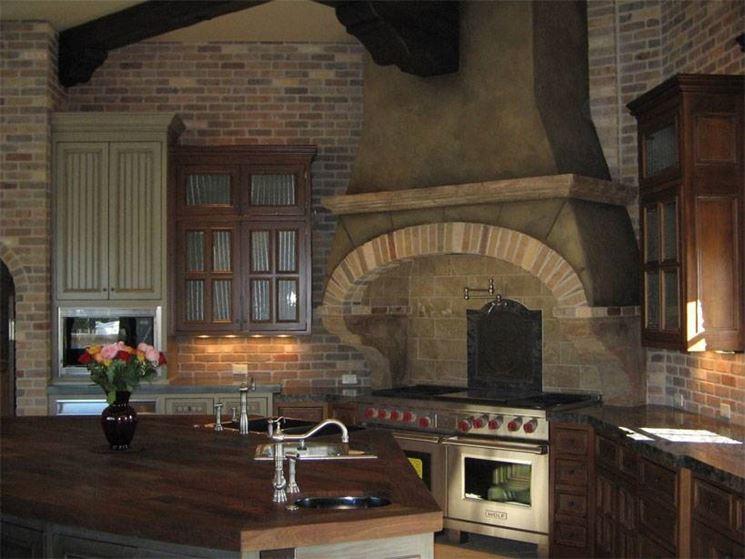Stucco veneziano in cucina, su cappa