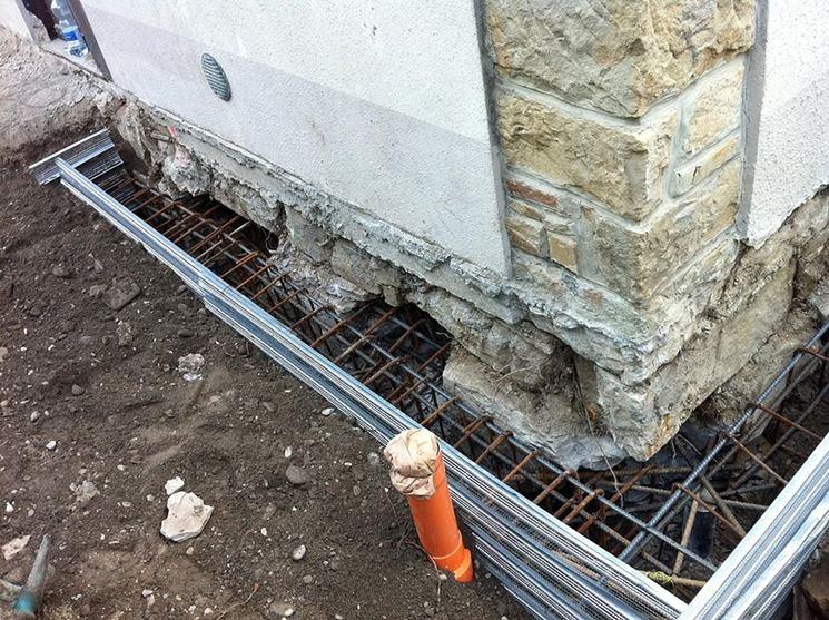 Come avviene il consolidamento degli edifici muri e for Disegni di blocchi di cemento casa