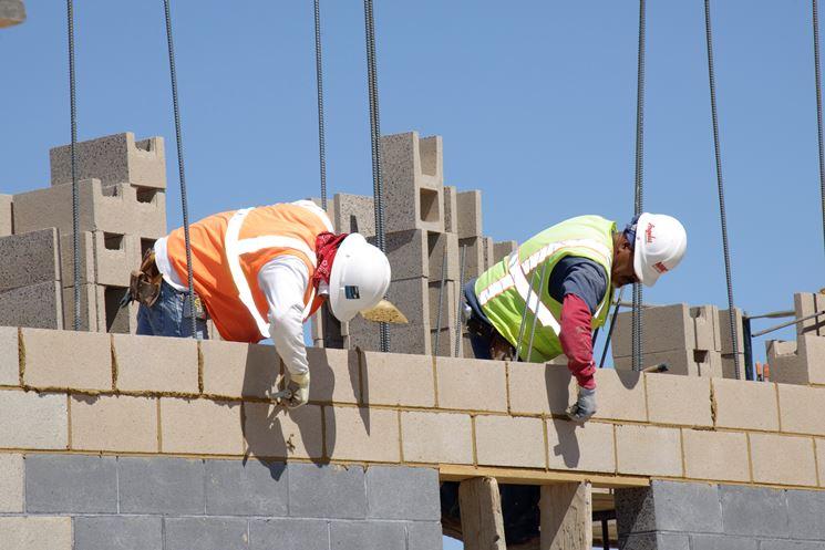Realizzazione di una costruzione in muratura