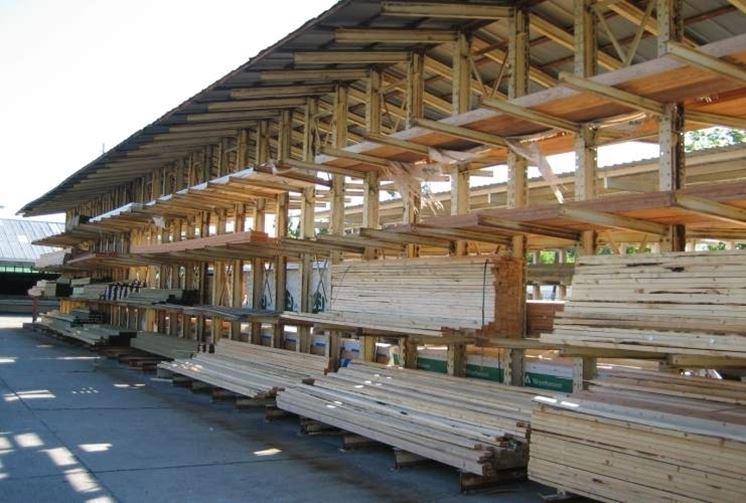 Deposito di materiale edile