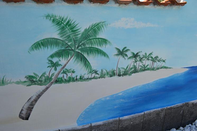Un muro di cinta con dipinto