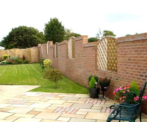 Realizzare muri di cinta muri e muratura muri di cinta for Disegni di blocchi di cemento casa