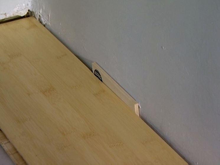 come effettuare la posa pavimento laminato - Pavimentazioni - Posa in opera p...