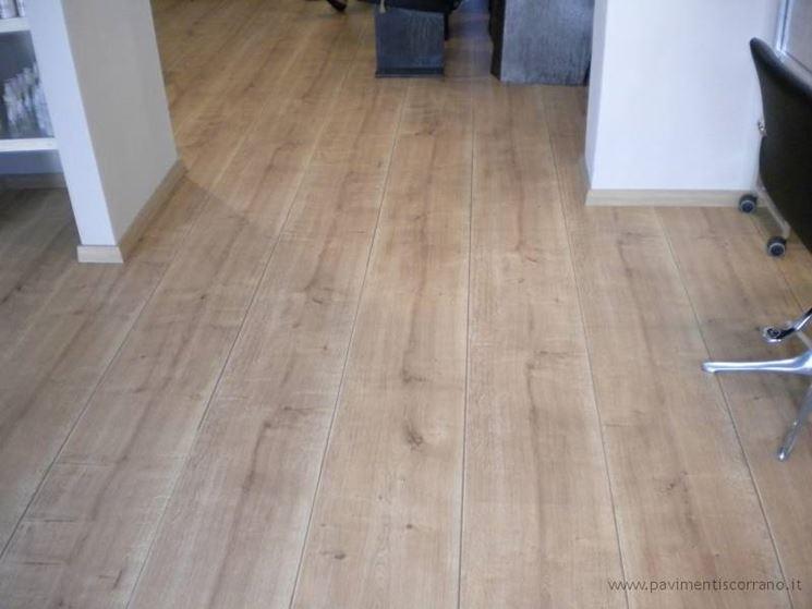 Montaggio pavimento laminato pavimentazioni come - Ikea pavimenti in laminato ...