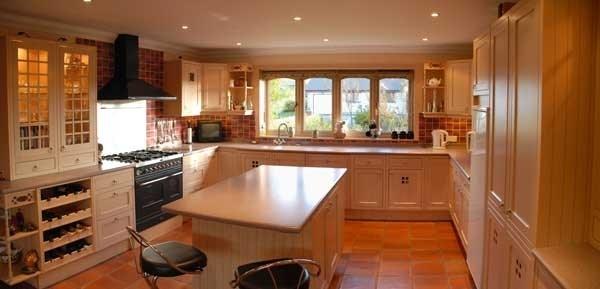 Pavimenti interni cotto pavimentazioni i pavimenti in for Cementine e cucina moderna