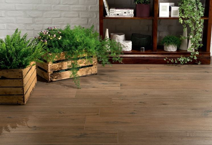 Tipologie di ceramica effetto legno pavimentazioni ceramica effetto legno - Pavimento esterno finto legno ...