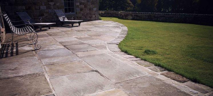 Come scegliere i pavimenti per esterni pavimento da for Pavimento esterno effetto pietra