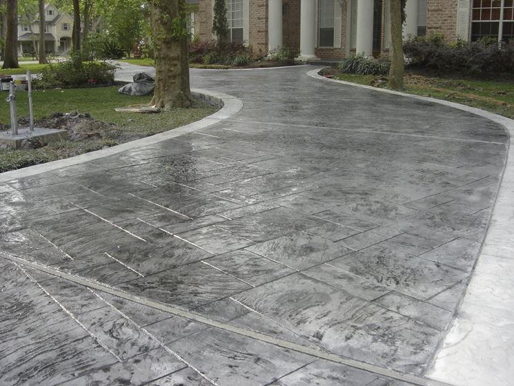 esempio di pavimento in cemento stampato