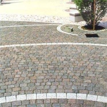 Quando installare pavimenti autobloccanti per esterno for Pavimento da giardino
