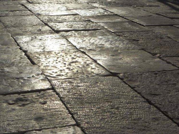 Realizzare pavimenti in pietra pavimento da esterni for Pavimento esterno in pietra