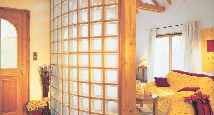 parete in soggiorno di vetromattone
