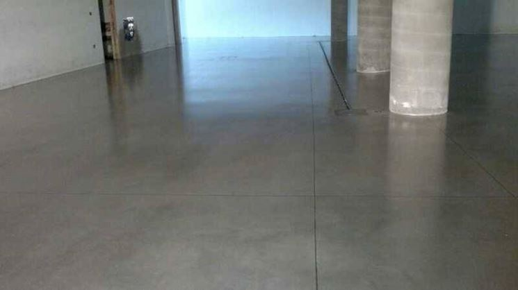 Pavimenti in cemento per interni pavimento da interni for Pittura per pavimenti