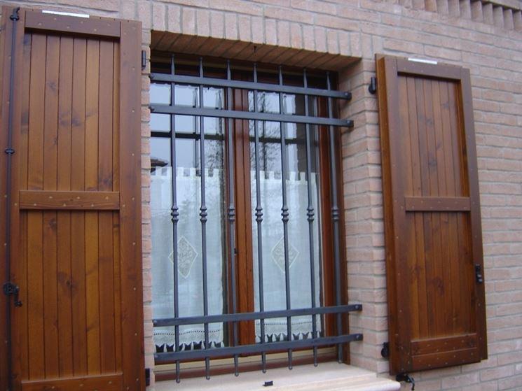 Grate di sicurezza sicurezza inferriate per proteggere - Grate alle finestre ...
