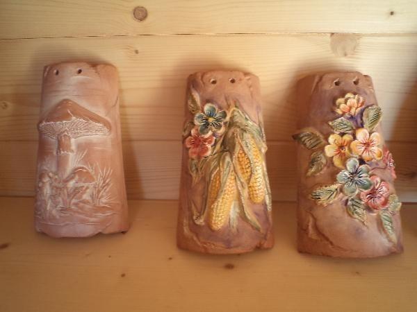 Prezzi di tegole decorate coppi e tegole tegole decorate - Tegole decorate in rilievo ...