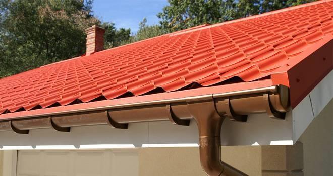 Scegliere una copertura tetto economica coprire il tetto for Tipi di tetto